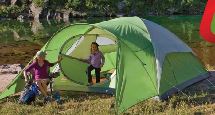 Hinged door tent.