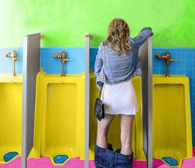 Women's Portable Urinating Devices